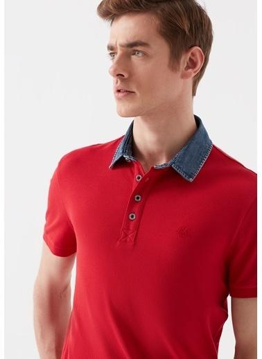 Mavi Denim Yaka Kırmızı Polo Tişört Kırmızı